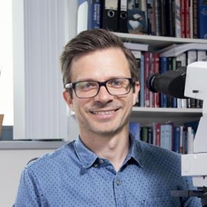 Portretfoto (kleur) P. Snaebjornsson