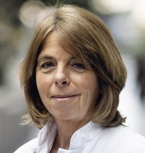 Portretfoto (kleur) Hanneke Wilmink